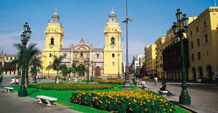 Lima Free Walking Tour to Historic Center of Lima