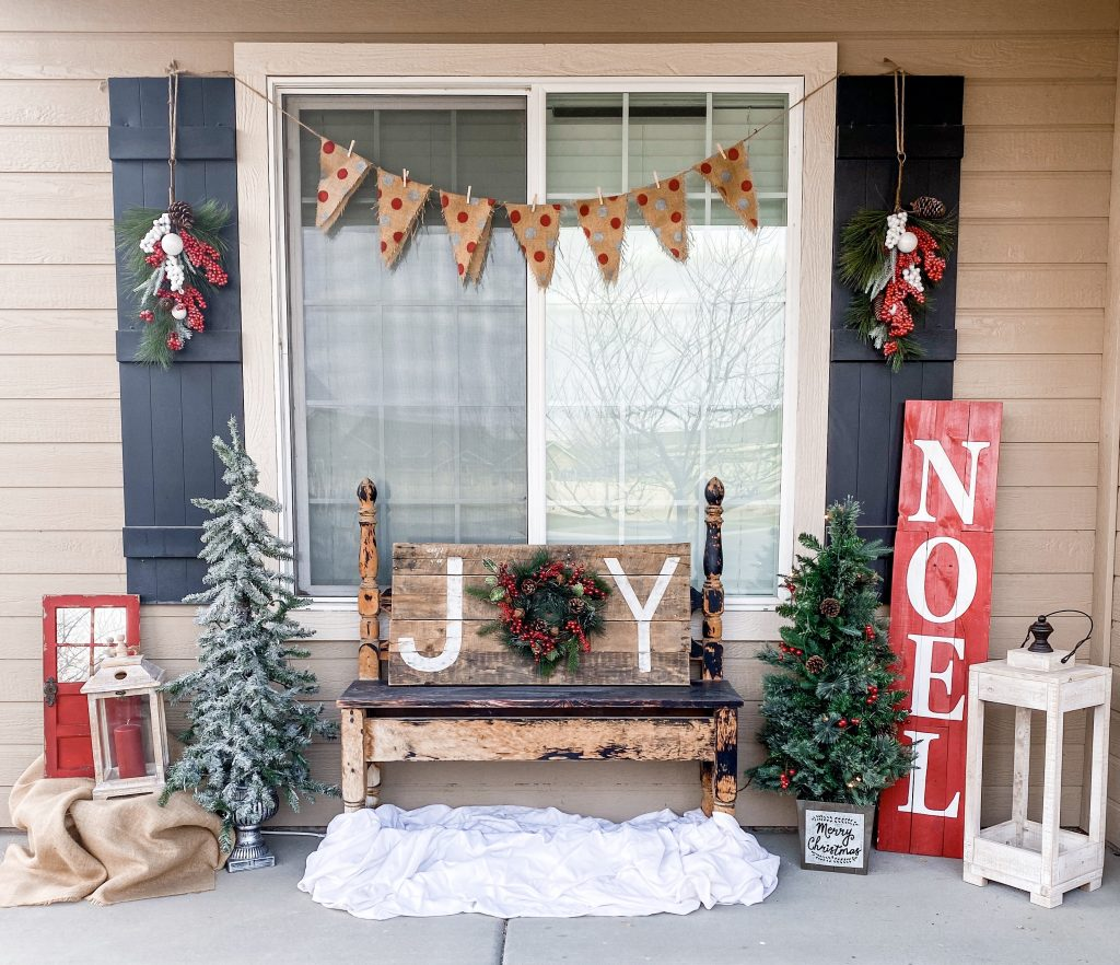 Simple Front Porch Christmas Decorations How We Do