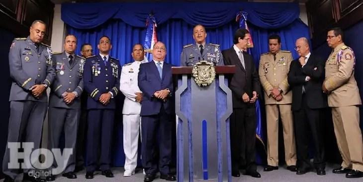 Altos mandos militares y PN