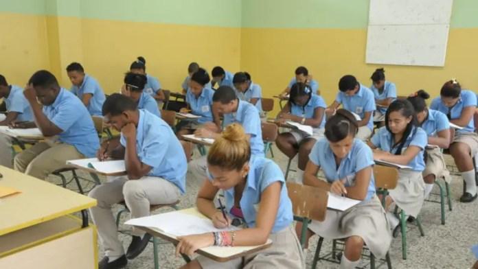 Hoy Digital - Minerd convoca a 132,125 estudiantes de media a ...