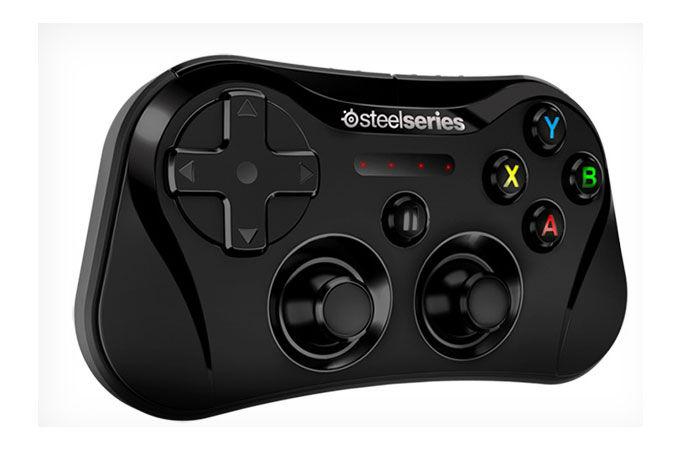 SteelSeries-es-el-primer-control-para-videojuegos-para-el-Apple-iPad-Stratus