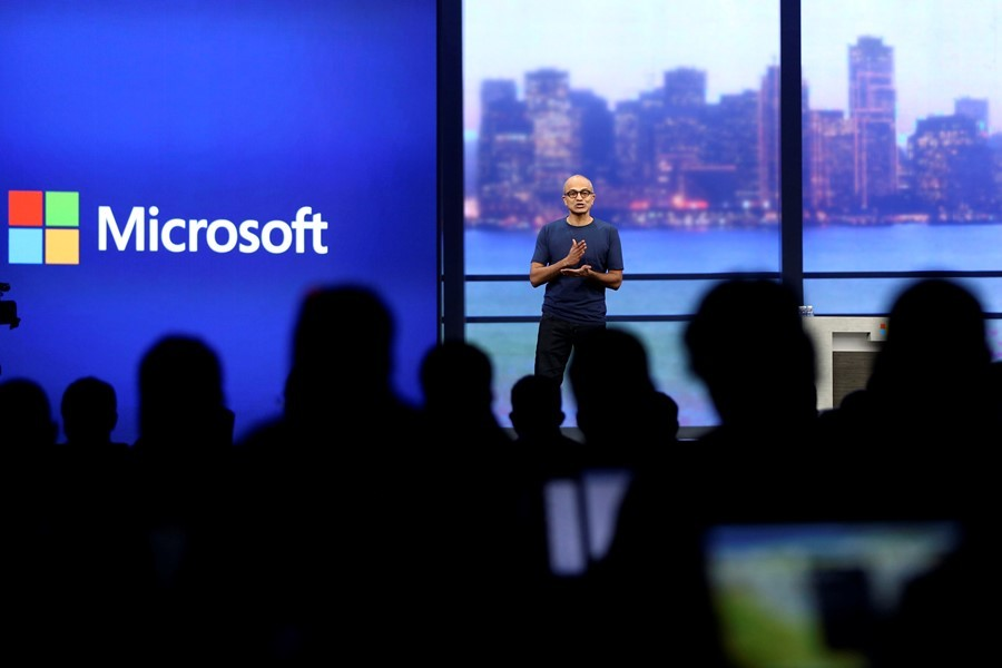 """Microsoft CEO Satya Nadella speaks during his keynote address at the company's  """"build"""" conference in San Francisco, California April 2, 2014. REUTERS/Robert Galbraith  (UNITED STATES - Tags: SCIENCE TECHNOLOGY BUSINESS)"""