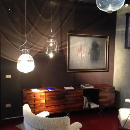 Hoyer & Kast Interiors - Nilufar Showroom Mailand Möbel