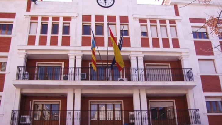 El Ayuntamiento de Chiva abre la inscripción a dos cursos de formación con certificado de profesionalidad