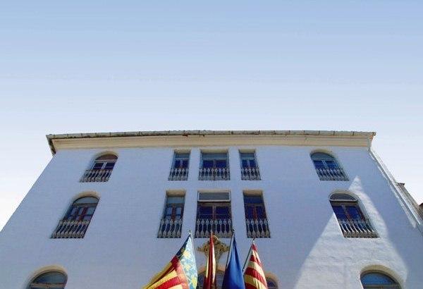 El Ayuntamiento de Buñol califica de «maliciosa» la filtración en la que se acusa a la Policía Local de realizar grabaciones