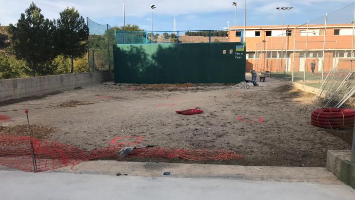 Arrancan las obras del parque de calistenia y de una zona de descanso en el Parque «El Planell» de Buñol