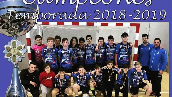 El equipo infantil del Club Balonmano Buñol campeón de Preferente