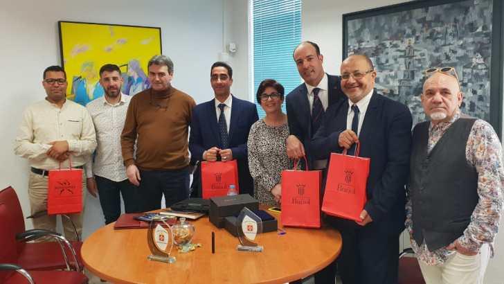 Representantes políticos de Casablanca visitan Buñol para conocer de primera mano sus políticas y actuaciones adaptadas a la ciudadanía