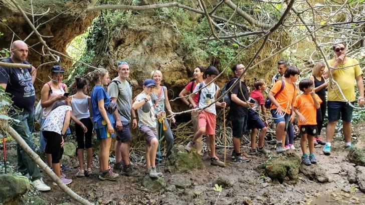 Gran éxito de la «I Ruta Cuevas de Baiba»