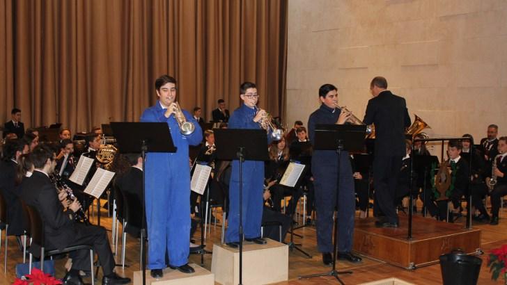 Las imágenes del concierto de la Orquesta y la Banda Juvenil de «La Armónica» de Buñol