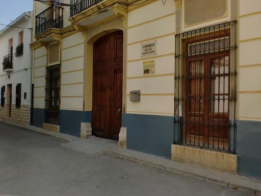 Macastre recibe ayudas de Diputación y del Ministerio de Igualdad