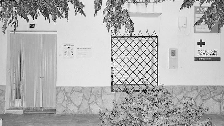 Macastre pide la reapertura de su Centro Médico