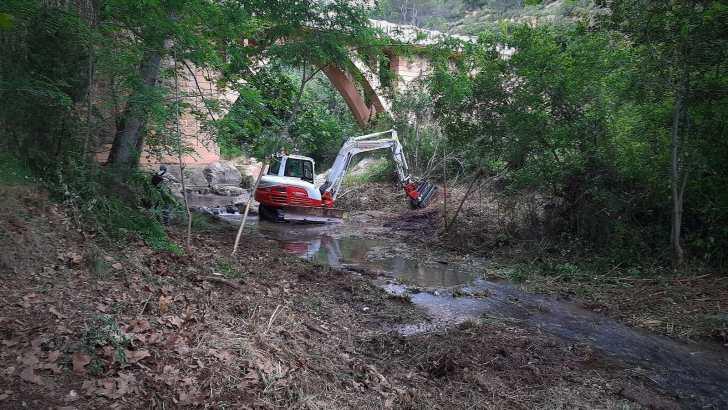 Comienzan los trabajos de limpieza en el cauce del río Juanes