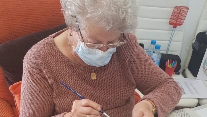 El Centro de Respiro de Yátova sigue con sus actividades en casa
