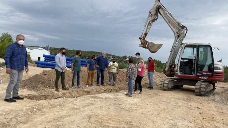 Chiva inicia las obras que permitirán llevar agua potable a toda la población