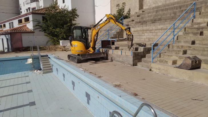 Comienzan las obras de mejora y acondicionamiento de la Piscina Municipal de Buñol