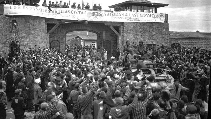 El Ayuntamiento recuerda a los buñoleros deportados a campos de concentración