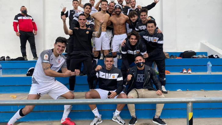 El CD Buñol regresa con victoria a la competición