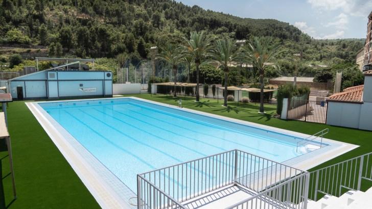 Buñol abre su renovada piscina municipal