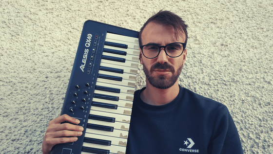 Is Gear Really Essential to Make Minimal Techno Music?
