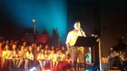 συναυλία του Βασίλη Παπακωνσταντίνου της Παιδικής-Νεανικής Χορωδίας και της Ορχήστρας Νέων Δήμου Λαυρεωτικής