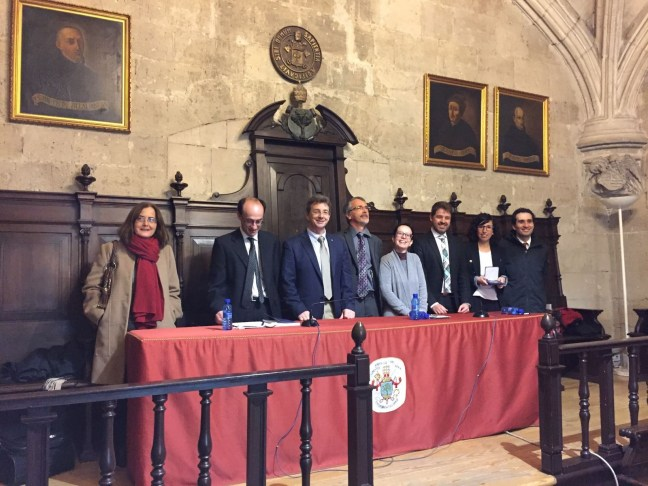 Miriam Rueda (second from the right) along with the tribunal members and her thesis supervisors (From left to right: Dra. Maria Jose Cocero, Dr. Miguel Ángel Rodriguez, Dr. Miguel Angel Bañares, Dr. Jacques Fabes, Dra. Chiara Milanese, Dr. Antonio Montes, Dra. Miriam Rueda and Dr. Ángel Martín)