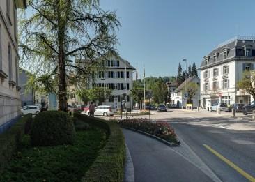 Gemeindehaus und Post