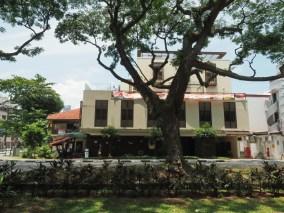 Hotel Nostalgia an der lärmigen Tiong Bahru Road...