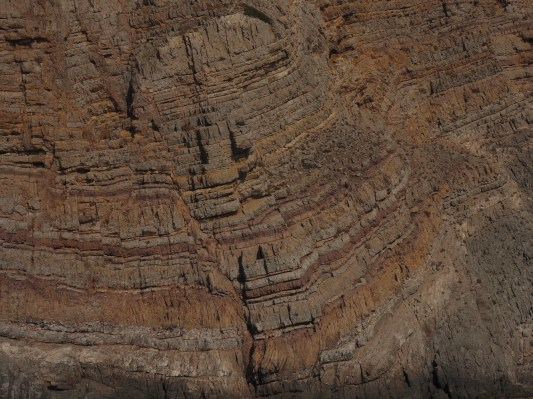 Gesteinsschichten auf Kasos