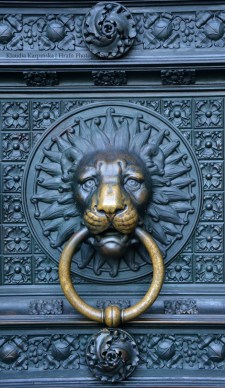 Cologne Cathedral: Knocker