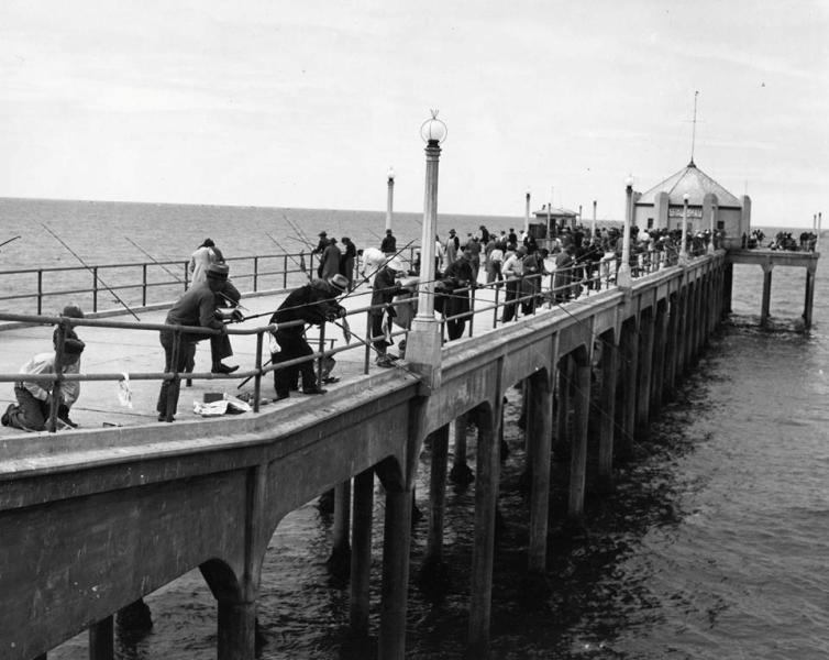 HB Pier 1938