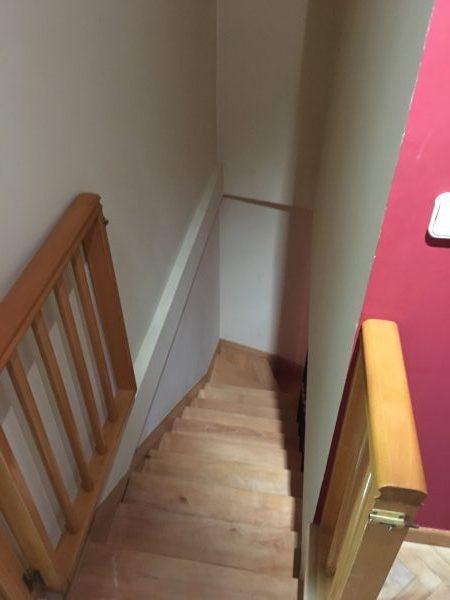 Escalera de dúplex sin brillo