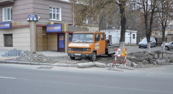 Поліція відкрила кримінал щодо порушення на ремонтах доріг компаніями, пов'язаними з «УКРОПом»