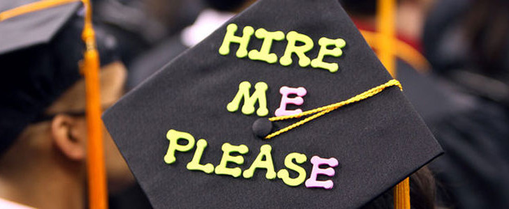 The importance of securing a job before leaving university has been made clear in a new survey