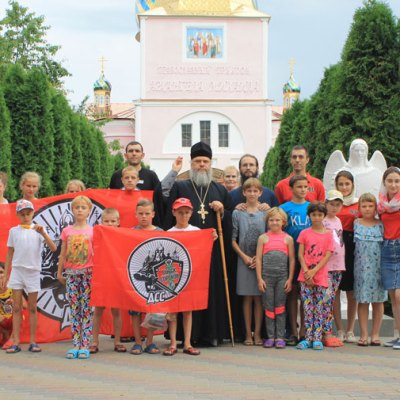 La 17 iunie 2018, 19 elevi ai Școlii-internat din Parcani au fost botezați în Capela-baptiseriu 40 de mucenici din Sevastia în satul Hrustovaia