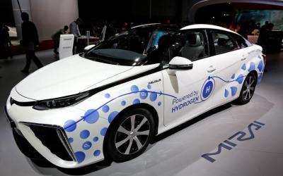 Will the early UK ban on ICE drive interest in hydrogen?