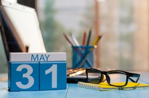The EEO-1 submission deadline has been extended to May 31, 2019.