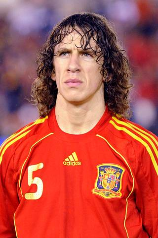 Carles Puyol didn't watch the filming of his own players on the field.