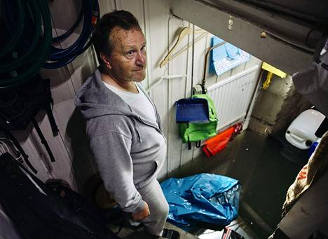 Yngve Wassberg has lived in the same house in Gävle for 33 years.  He has never experienced rain like the night before Wednesday.
