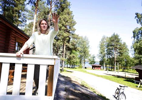 Roope Valden wanted to get away from the humus of Helsinki.  A new home was found in Kyyjärvi.