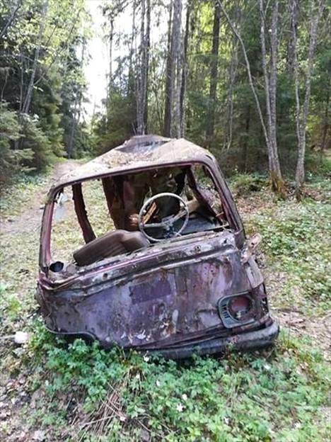 This scrap van is found in Sipookorvi at coordinates: 60 ° 16,355 '025 ° 10,435'.