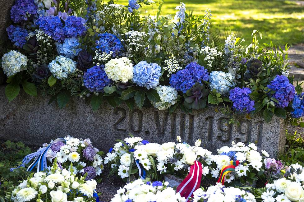 August 20, 1991 is a significant day for Estonians, which many remember through their own experiences.