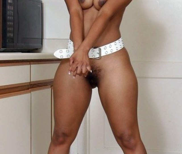 Tempting Black Girls With Round Asses And Sexy Thick Hips