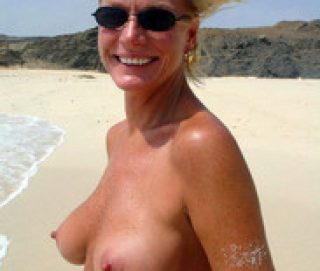 Naked Middle Aged Woman On The Nudists Beach