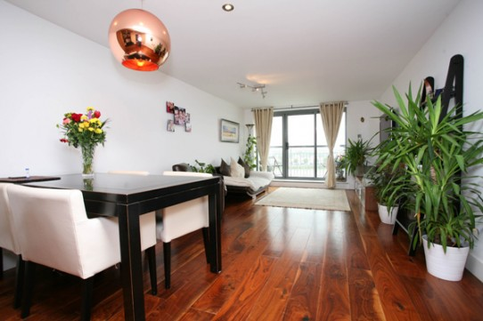 Excellent 3 Bedroom Apartment, Chinnocks Wharf, E14