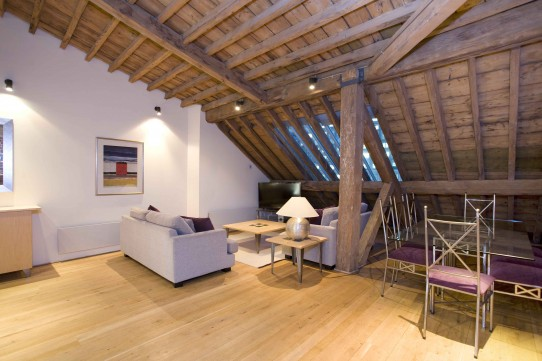 Luxury Loft in Port East Apartments, West India Quay, E14