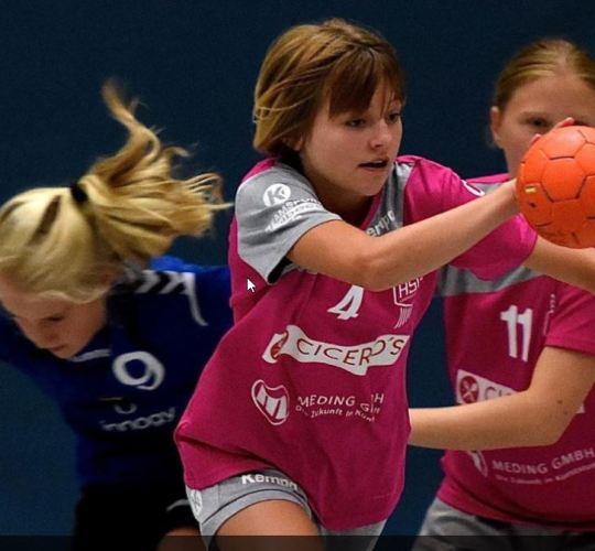 Attendorner Mädchen gewinnen SKD-Cup