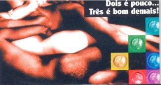 CARTÃO POSTAL - USE CAMISINHA NÃO IMPORTA COM QUEM - (FIGURA 1) - FRENTE - 2006