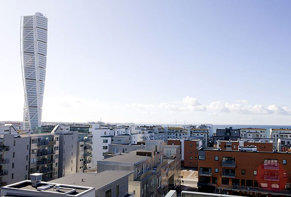 Utsikt fra nyåpnede Park Inn Malmö mot Turning Torso og Øresund