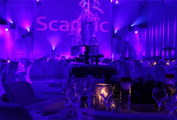 Et festpyntet interiør ved Scandic Fornebu. Foto fra Scandic